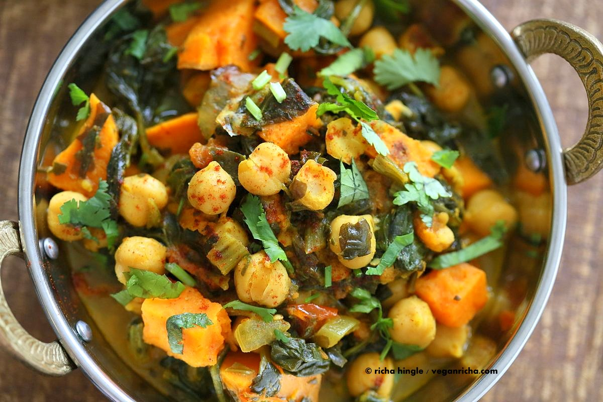24. One Pot Chickpea Sweet Potato Spinach Curry (*Omit Oil*) by Vegan ...